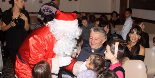 Calvi : L'arbre de Noël des enfants du personnel communal à l'Hôtel de ville
