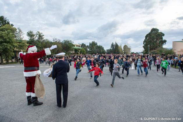 BA 126 de Ventiseri-Solenzara : Le Père Noël est venu du ciel…