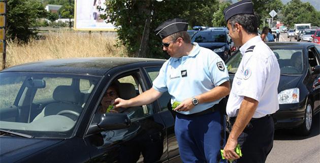 Distribution d'éthylotests en Corse-du-Sud contrôles routiers renforcés en Haute-Corse