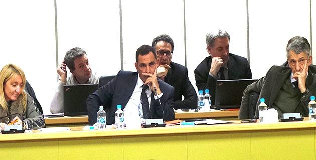 Emmanuelle de Gentili, Gilles Simeoni et Michel Castellani pendant l'intervention de Jean Zuccarelli…
