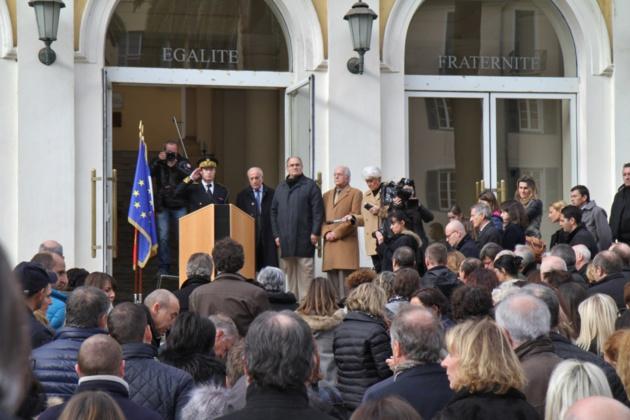 Ajaccio : Une minute de silence en hommage aux victimes de l'attentat de Charlie Hebdo