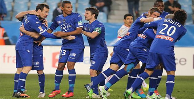 Le Sporting veut continuer l'aventure (http://www.sc-bastia.net/).