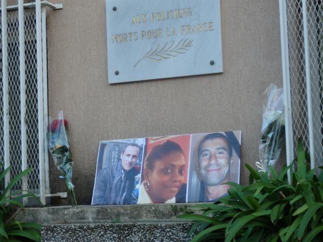Ajaccio : Hommage aux trois policiers morts à Paris au commissariat de police