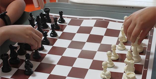 Ajaccio : Un bureau de vote dans la salle de jeu d'échecs !