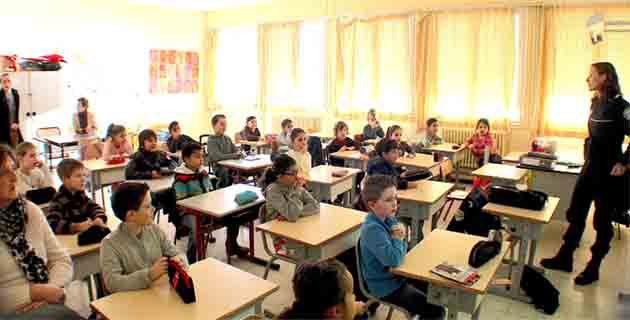 Bastia : Les dangers de la route expliqués aux élèves de l'école Campanari