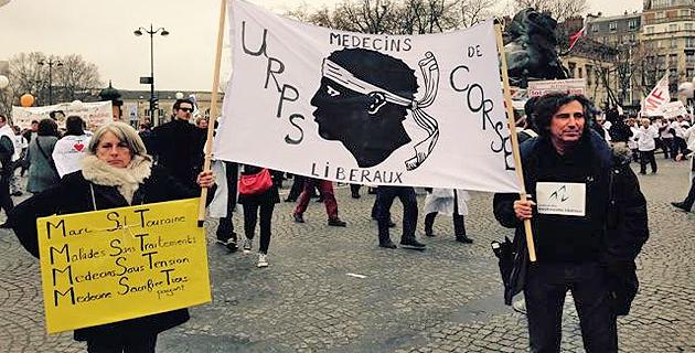Médecins en colère : Les praticiens corses manifestent à Paris
