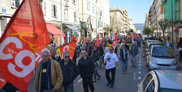 Stop à l'austérité : CGT, FO, FSU et Solidaires crient leur ras-le-bol à Ajaccio et Bastia