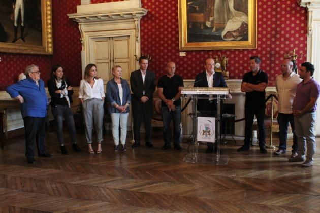 Pascal Olmeta reçoit la médaille de la Ville d'Ajaccio