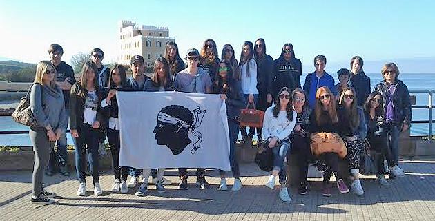A scola di siconda bislingua di u liceu di Balagna à a scuperta di a Sardegna...