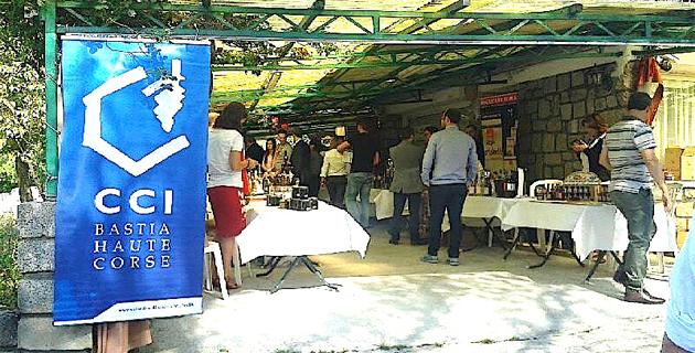 Des acheteurs autrichiens en quête d'emplettes en Corse