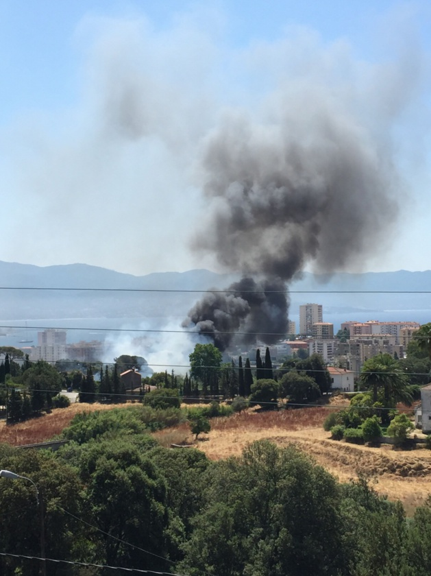 Ajaccio : Violent incendie route des Milelli
