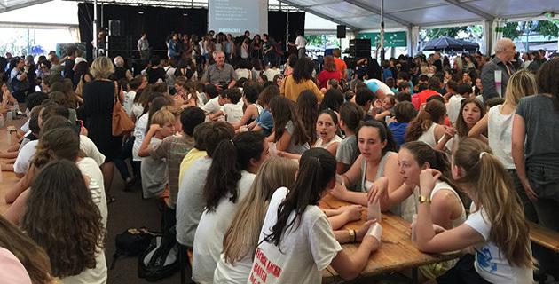 """A Bastia, les élèves ouvrent la """"voix"""" royale à la langue corse"""