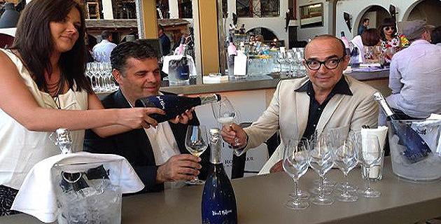 """""""Nuit Bleue"""", le nouveau muscat pétillant, présenté à Porto-Vecchio"""