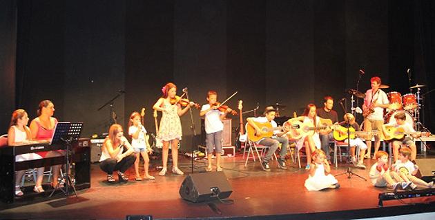 Les élèves de l'école de musique de Sarrola