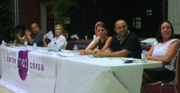 Marie Claire Poggi, conseillère départementale de Bastia III, Fabien Mineo, président du SNUIPP, Marie-Anne Acquaviva, vice-présidente de la Marido, Jean-Marc Venturi, vice-président de la Chambre d'agriculture de Haute Corse, Anne Labertrandie, vice-présidente de l'Interco du Sartenais-Valinco, Benoit Bruzi, maire de Vescovato, et Françoise Vesperini, vice-présidente de la CAB et présidente de l'Office du tourisme.