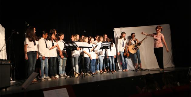 """""""E Stelle"""" di Biguglia : Des collégiennes de 11 à 15 ans"""