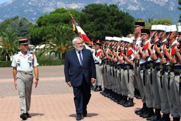 Jean-Marc Todeschini  a rendu hommage aux légionnaires du 2e Rep de Calvi