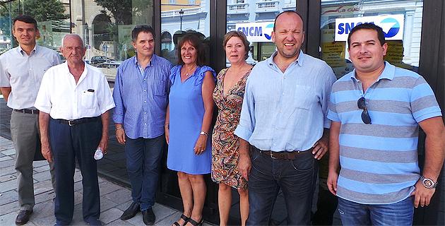 Jean-Marc Cesarini (Deuxième à partir de la droite) lance un appel aux handicapés qui ont besoin d'être aidés dans leur quotidien
