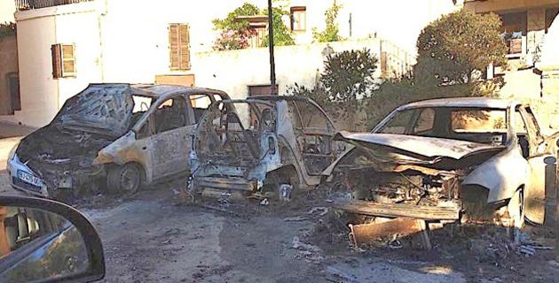 Trois voitures brûlées à Monticellu