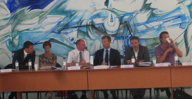Le préfet de Corse, Christophe Mirmand, et le président de l'ODARC, Jean-Louis Luciani.