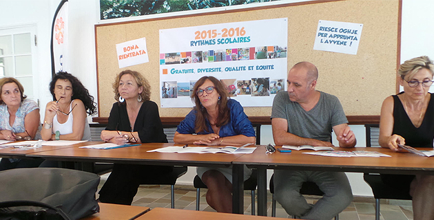 Etienette Patrone, Mari-Lou Milleliri, Marie-Ange Marielli et Marie-Ange Giudicelli entourant Iva Polisini et Didier Grassi
