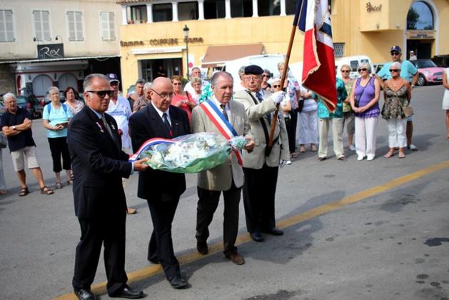 Calvi : Le comité Trouillas du Souvenir Français rend hommage au sergent Rodolphe Penon du 2e REP mort en Afghanistan