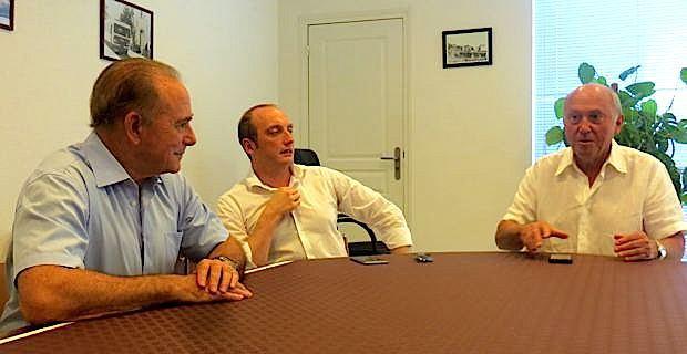 José Rossi (ici avec Sauveur Gandolfi-Scheit et Laurent Marcangeli) demande une investiture des Républicains dès le premier tour