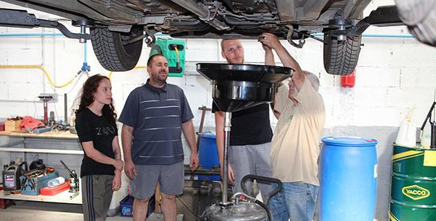 Calvi journ e portes ouvertes au premier garage for Location garage ajaccio