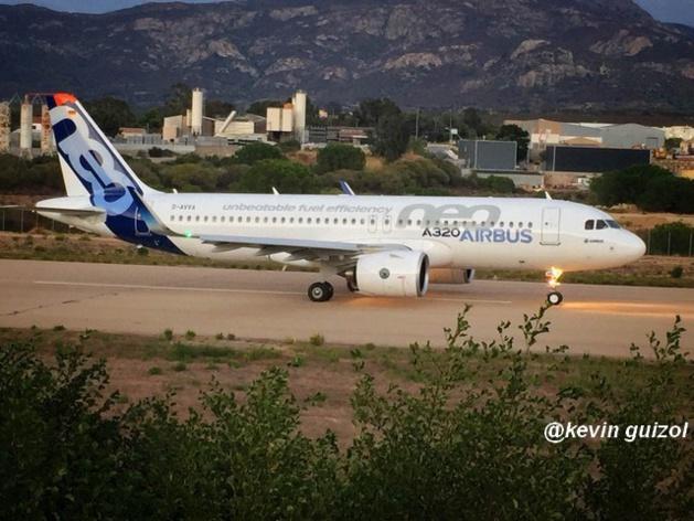 Vol d'entraînement à Calvi pour le tout nouvel A320 NEO dont la livraison est prévue en fin d'année !