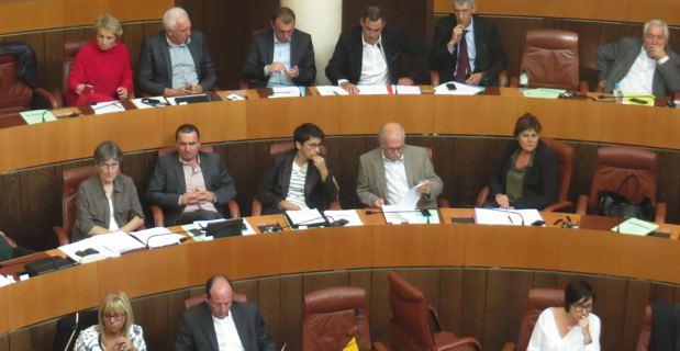 Les groupes nationalistes à l'Assemblée de Corse.