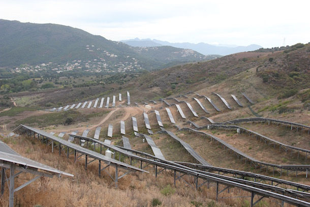Transition énergétique : Un dispositif de stockage solaire innovant inauguré à Alata