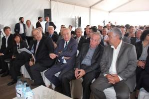 Le président de l'Exécutif, Paul Giacobbi, le président de l'Assemblée de Corse, Dominique Bucchini, le président du Conseil Départemental, Pierre-Jean Lucciani et le maire d'Alata, Etienne Ferrand, lors de l'inauguration du Smart Grid