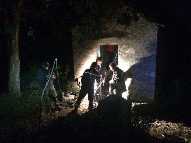 Le matériel d'éclairage des sapeurs-pompiers a permis d'assurer l'intervention après la nuit tombée.