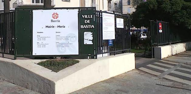 Le ministre de la Ville à Bastia : Les élus communistes ne se rendront pas à la mairie…