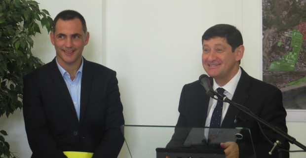 Gilles Simeoni et Patrick Kanner, à l'hôtel de ville de Bastia.