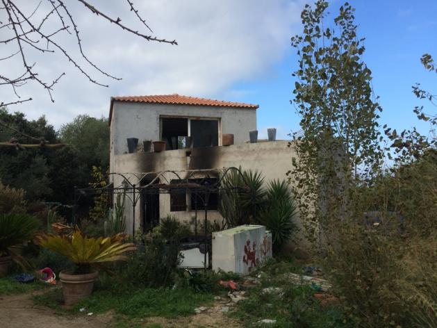 Le rez-de-chaussée d'une villa ravagé par un incendie à Lumio