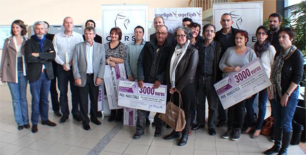 Les derniers lauréats de Handicrea avec Guy Pancrazi (Deuxième à partie de la gauche)