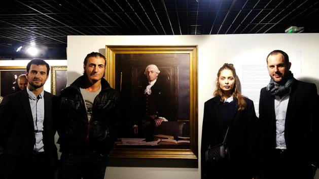 De gauche à droite : Jeremy Alberti (Napoléon), Jean-Philippe Ricci (Pasquale Paoli), Marie-Ange Casta (Laetizia Bonaparte) et le réalisateur Rinatu Frassati