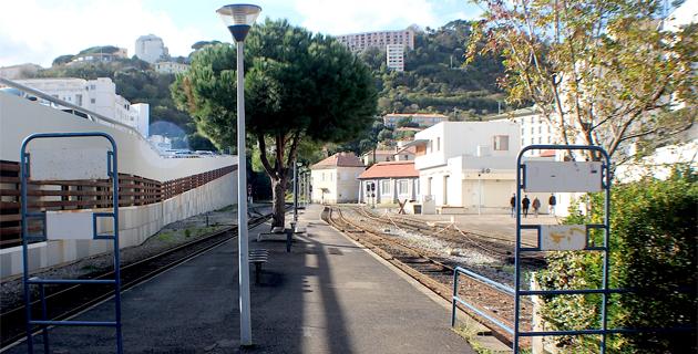 La gare de Bastia : Déserte