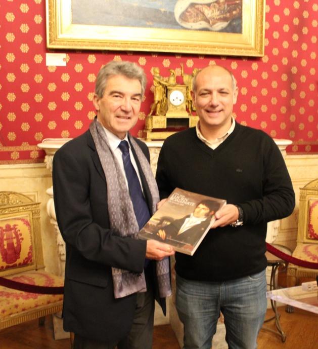 Le bureau fédéral de la Fédération française d'Athlétisme reçu à l'hôtel de ville d'Ajaccio