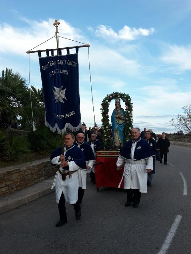 E Ville : La confrérie fête la Sainte Lucie