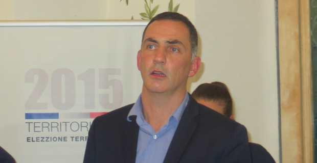 Le maire de Bastia, Gilles Simeoni, devrait quitter ses fonctions jeudi après son élection à la présidence du Conseil exécutif territorial.