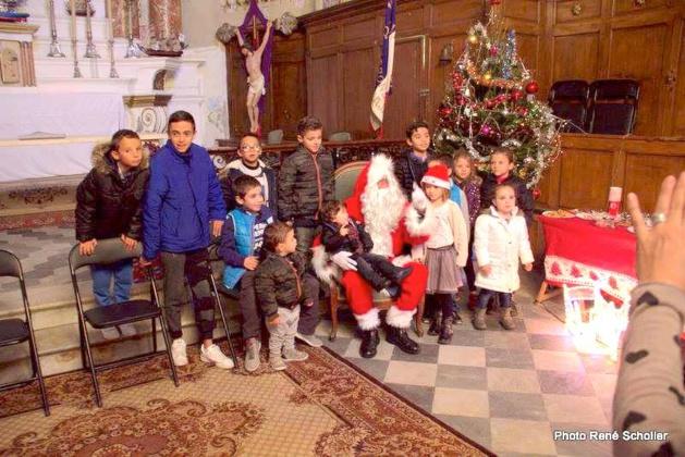 Noël à la Confrérie Saint Erasme d'Ajaccio : Priorité aux enfants