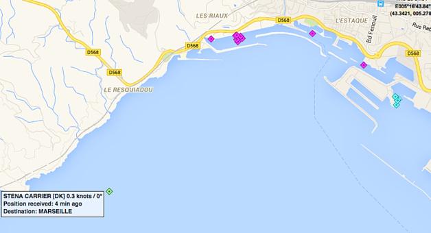 Le Stena Carrier était toujours au large de Marseille mardi vers 22h30