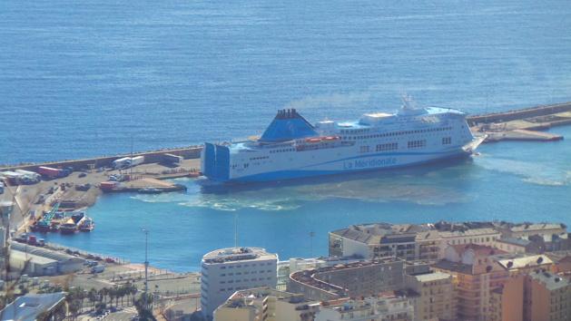 "Desserte maritime: Le ""Girolata"" accoste à Bastia mais n'en repart plus…"