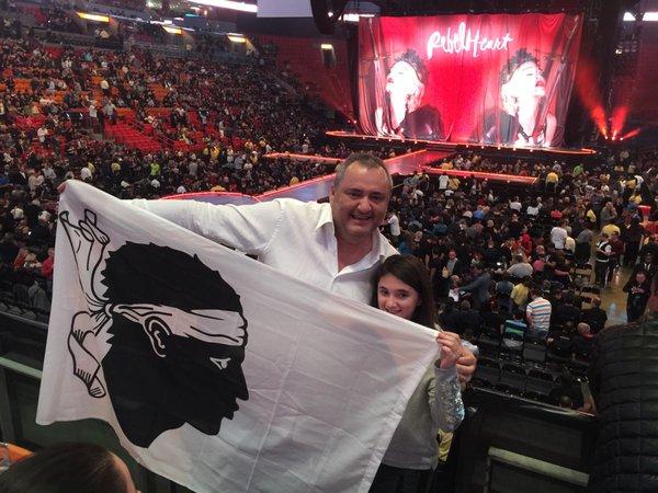 A Bandera à l'Arena de Miami pour le concert de Madonna