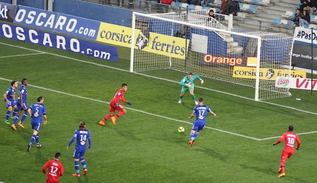 Lyon battu 1-0 à Furiani : Le bel exploit du Sporting !