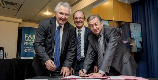 Jacques Bianchi et Paul Trojani signent la convention en présence de Maurice Brun