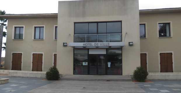 L'Hotel de ville de Folelli sur la commune de Penta-di-Casinca en Haute-Corse.