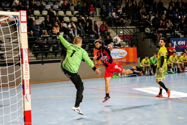 Kévin Trousselier auteur de 5 buts face à Thomas Nicolini.